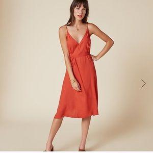 ✨Reformation Talia Dress